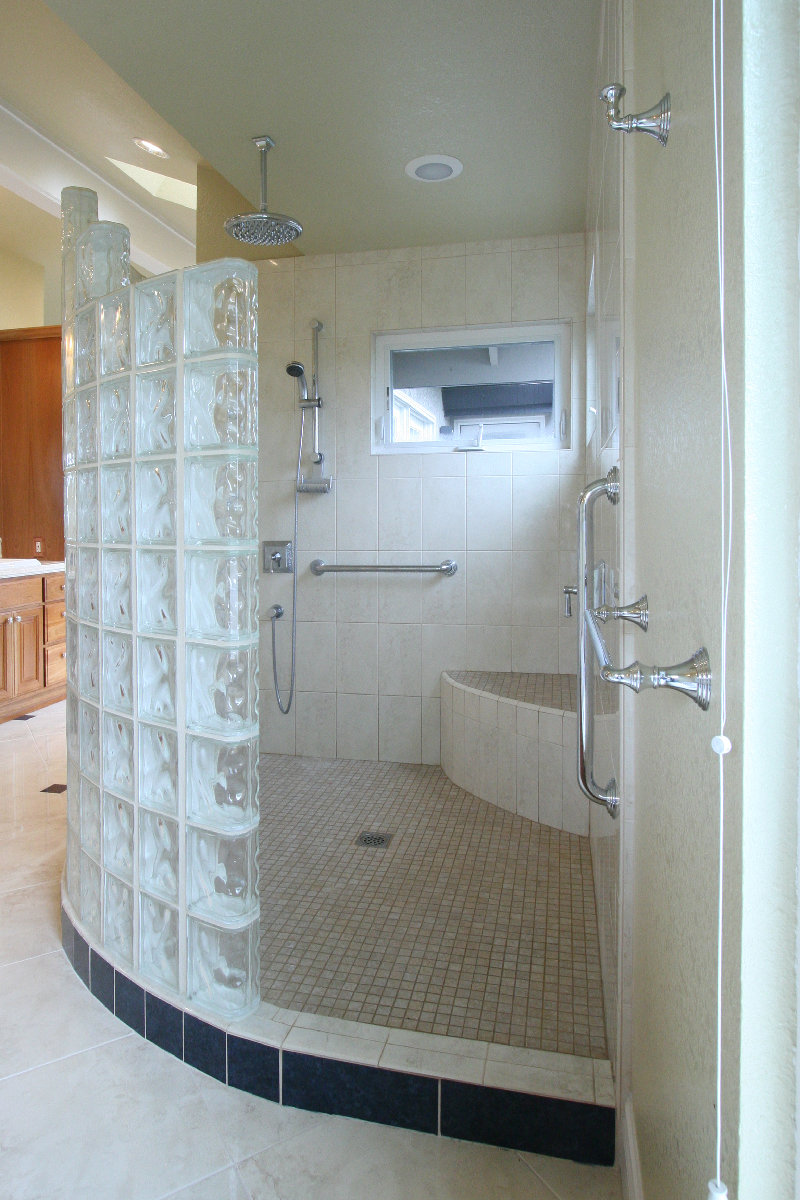 All You Need to Know About Walk-In Showers and Grab Bars ...